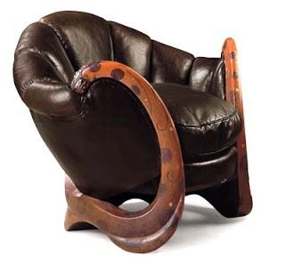 A cadeira Dragons era parte do acervo de Yves Saint Laurent (Foto: Reprodução)