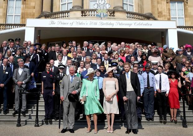 Príncipe Charles, Camilla e Meghan Markle (Foto: Reprodução/Instagram)