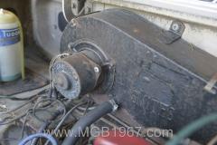 1967_MGB_GT_engine_029