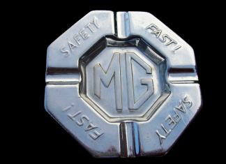MG Safety Fast! ashtray