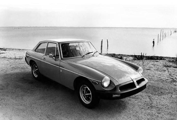 1975 MGB GT at the ocean