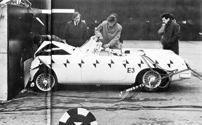 MGB roadster crash test