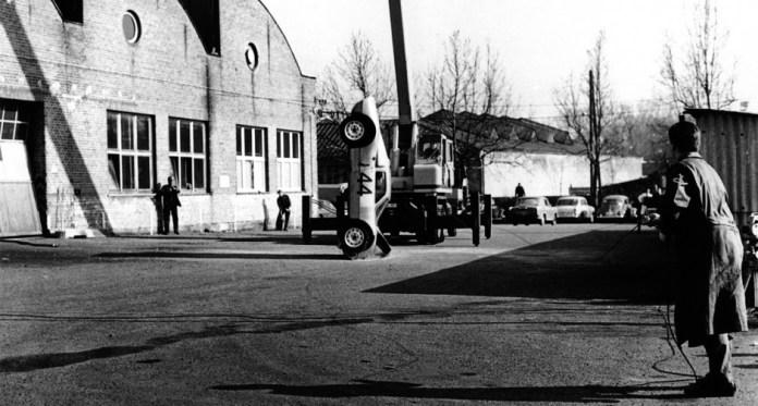 Porsche 904 vertical crash test
