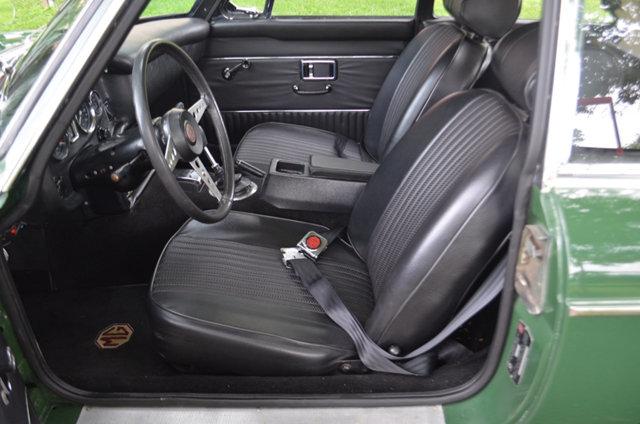 1970 MGB GT interior