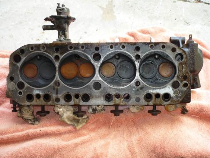 1972 MGB 12H2923 cylinder head