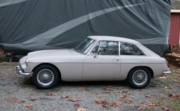1967 MGB GT restoration