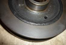 1972 MGB 18V harmonic balancer with cracked rubber
