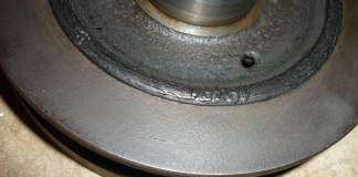 1972 MGB 18V harmonic balancer with cracked rubber