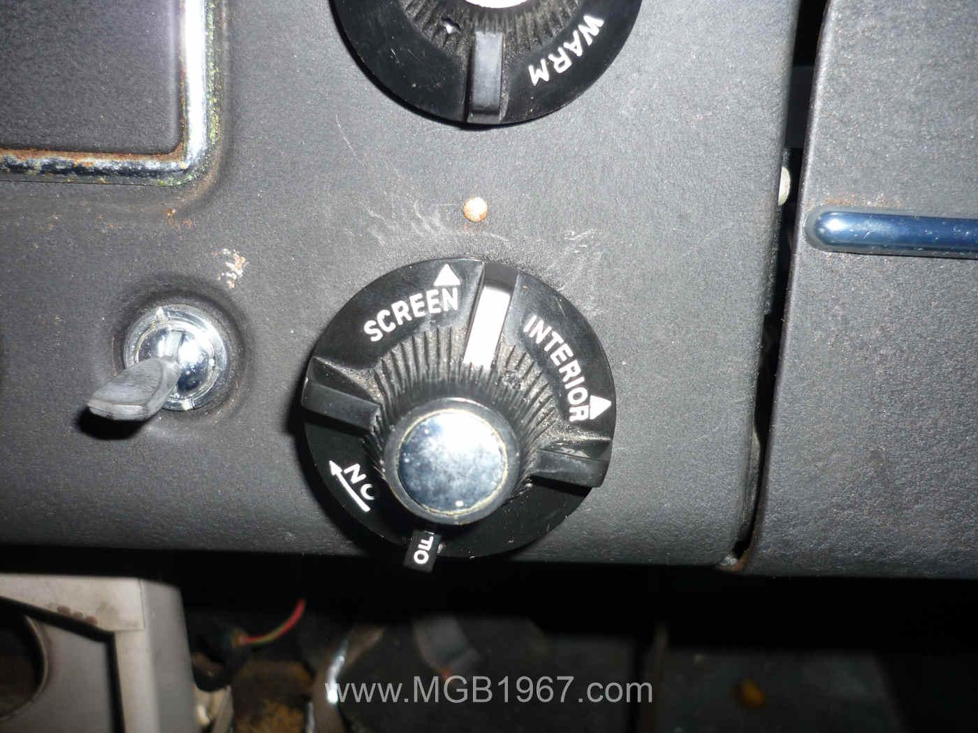 1967 MGB heater control knob | 1967 MGB GT