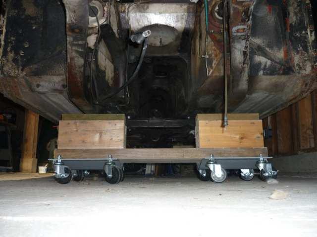 MGB GT engine and transmission grunge