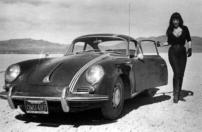 Porsche 356 girl in the desert