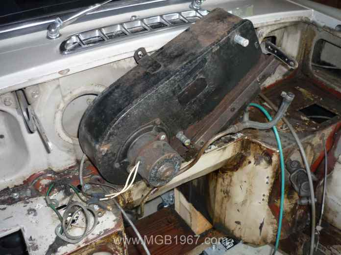 Removing MGB GT heater box