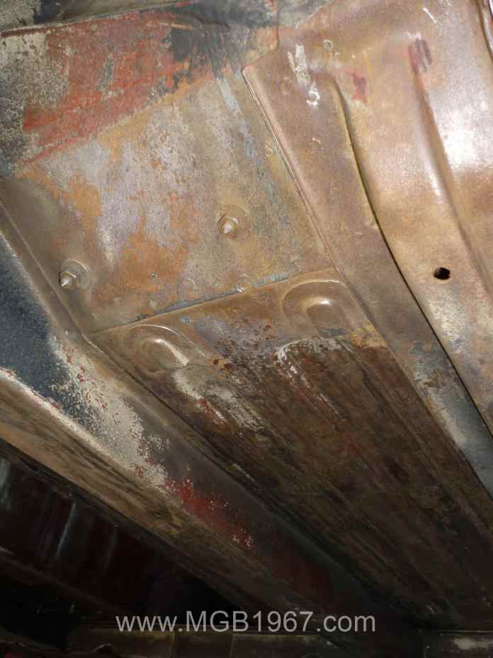 Light surface rust on MGB floor