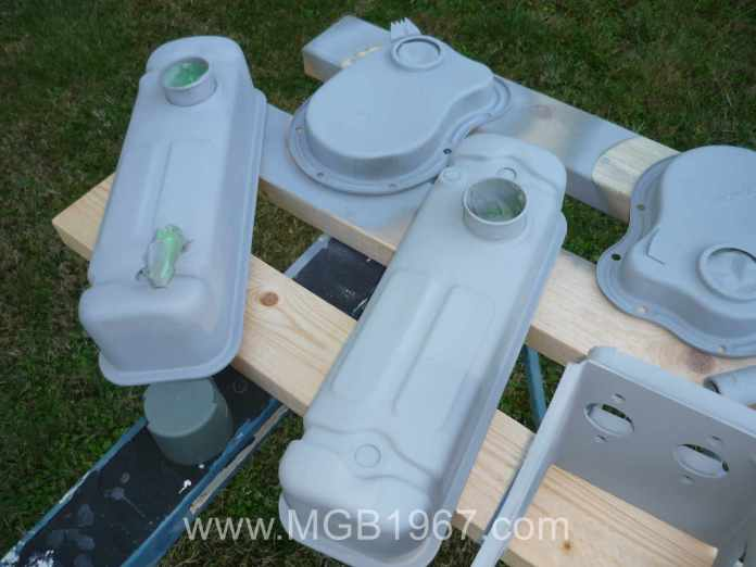 Painting MGB parts with primer