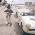 Alfa Giulietta Spyder Veloce with distractions leaving