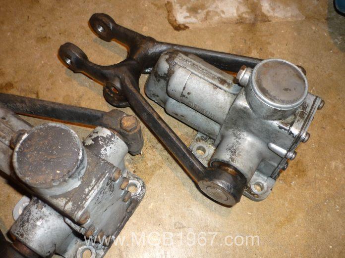 MGB Armstrong hydraulic lever shocks
