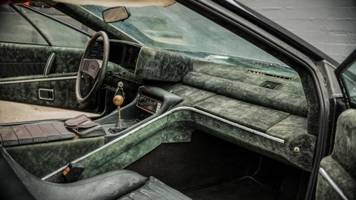 1978 Lotus Esprit ratty interior