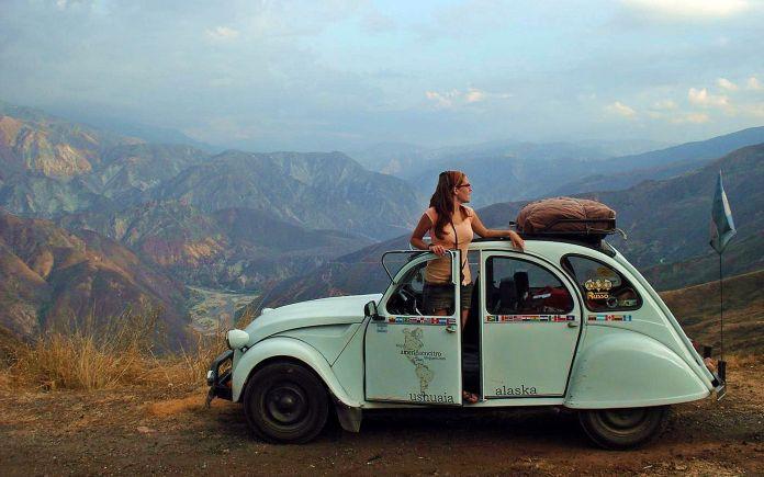 Citroen 2CV in mountains