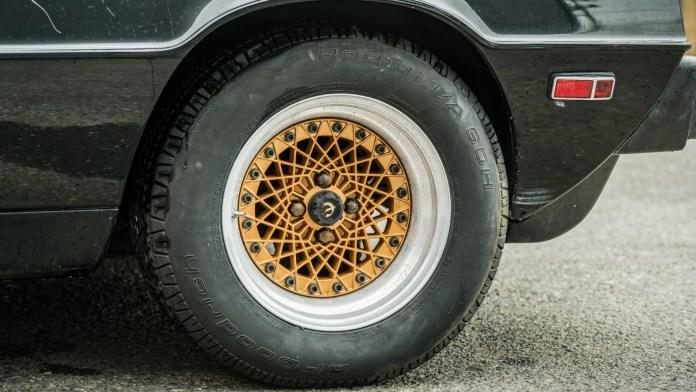 Lotus Esprit basketweave alloy wheels