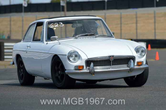 Autocross MGB GT