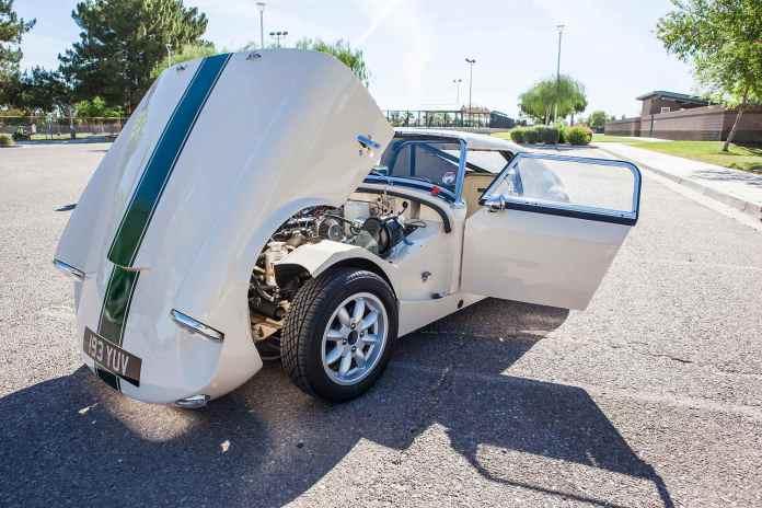 1962 MG Lenham GT Tribute hood