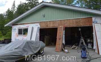 MGB GT Garage