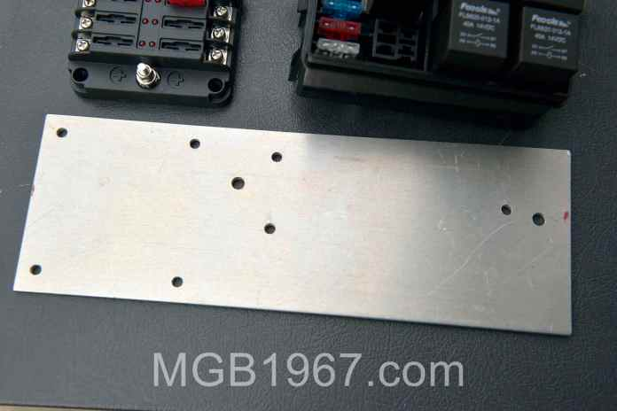 Aluminum plate for MGB fuse boxes