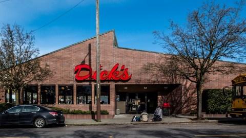 Dick's[84719]