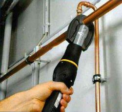 /utensile-per-pressare-tubazioni-in-rame-klauke-mgf