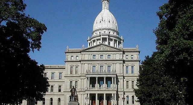 mgretailer.com_640px-Michigan_state_capitol