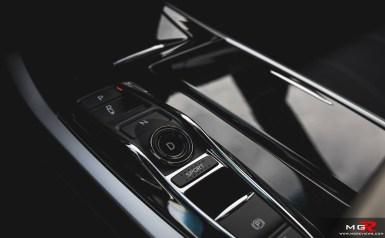 2018 Acura RLX Hybrid-17