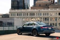 2018 Lincoln Continental-1