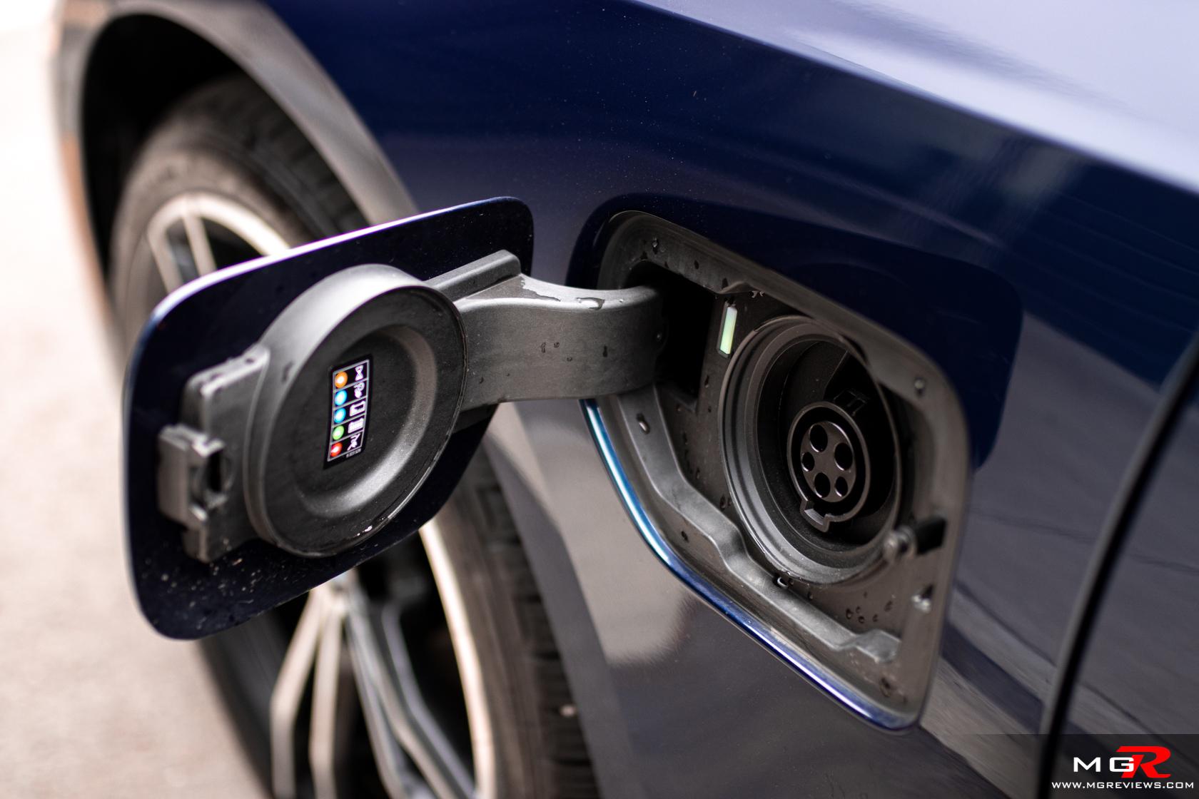 2021 BMW 330e xDrive