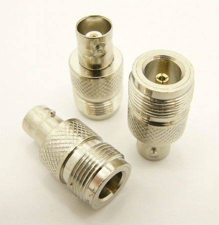 N-female / BNC-female Adapter (P/N: 7068)