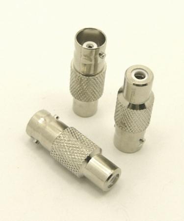 BNC-female / RCA-female Adapter (P/N: 7072)