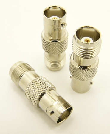 BNC-female / TNC-female Adapter (P/N: 7073)