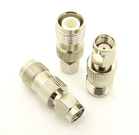 RP-TNC-female / RP-SMA-male Adapter (P/N: 7490)