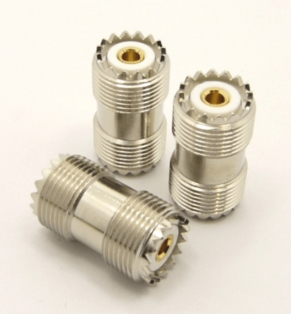 UHF-female / UHF-female (UHF barrel) 16-point with gold-plated center pin (P/N: 7517-16V)