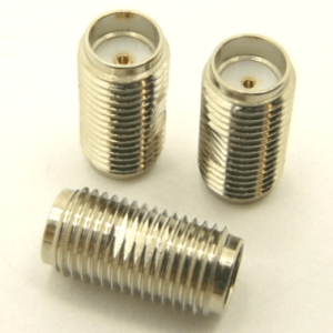 SMA-female / SMA-female Adapter (P/N: 7817)