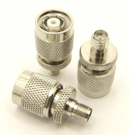 RP-TNC-male / SMA-female Adapter (P/N: 7853)