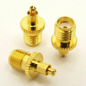 SMA-female / MC-male Adapter (P/N: 8401)