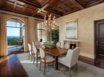 Lessa-Wilson-Goldmuntz-tuscan-style-dining-room