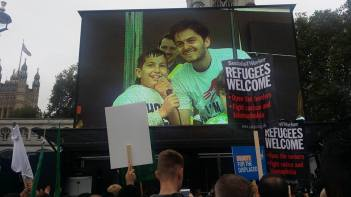 refugees-march-8