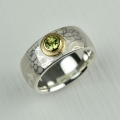 silver and 18ct with peridot (£360)