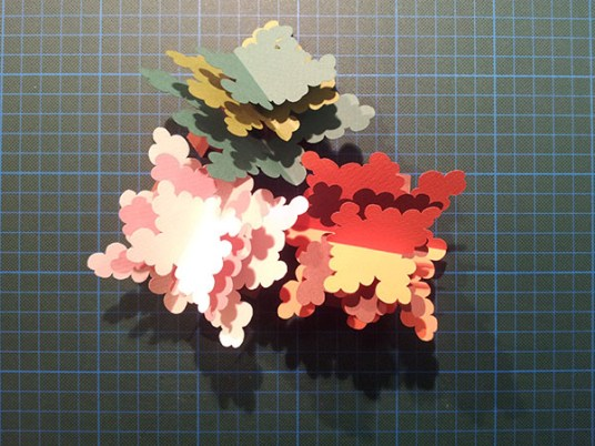 Arbres cèdres montés, avant collage sur carte support, été, automne, printemps