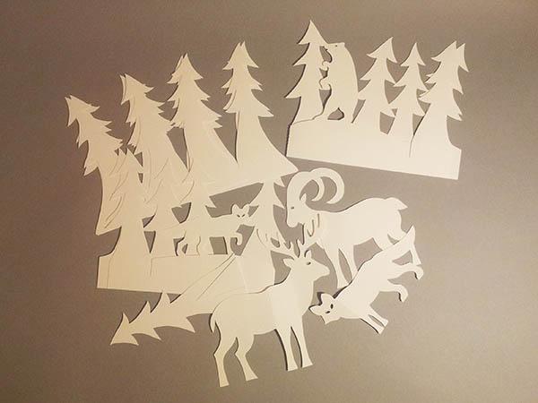 Aperçu des décorations de table ou de cartes cadeaux en papier blanc
