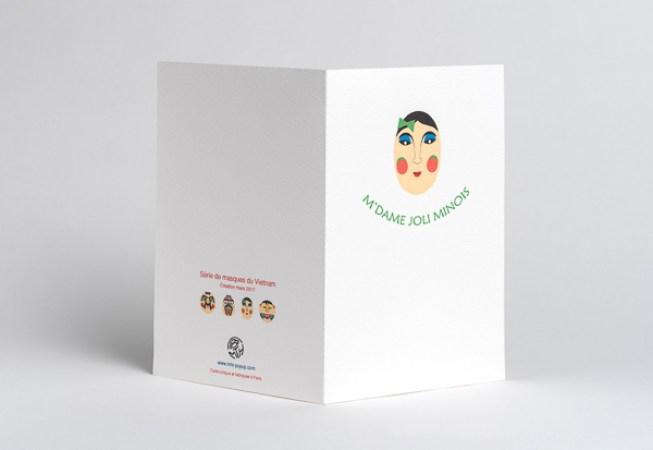 Carte pop-up Masques du Vietnam, modèle M'dame Joli minois, dos de la carte ouverte