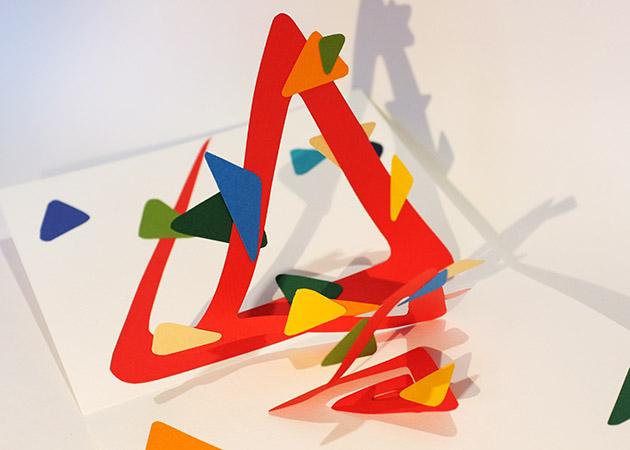 Atelier pop-up autour de la spirale simple. Version de forme triangle, détail
