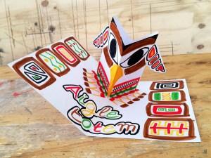 Carte pop-up Aigle totem en déploiement. Technique pop-up du module