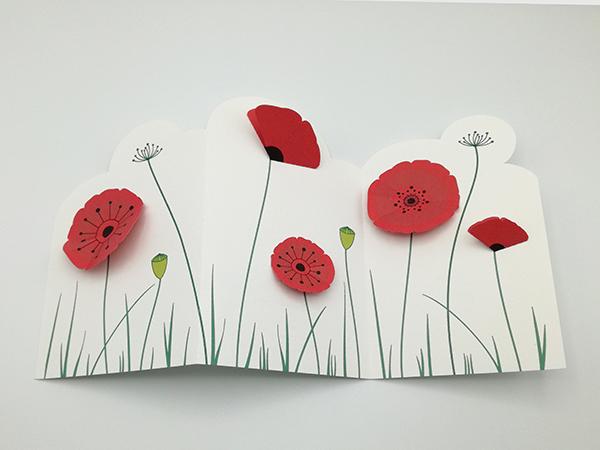 Frise décorative en 3 panneaux avec fleurs de coquelicot, vue de dessus